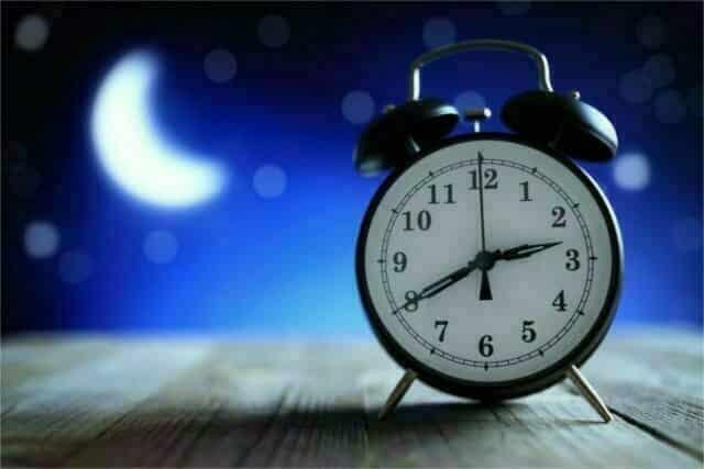 Benefits of CBD for seniors_promotes healthier sleep min